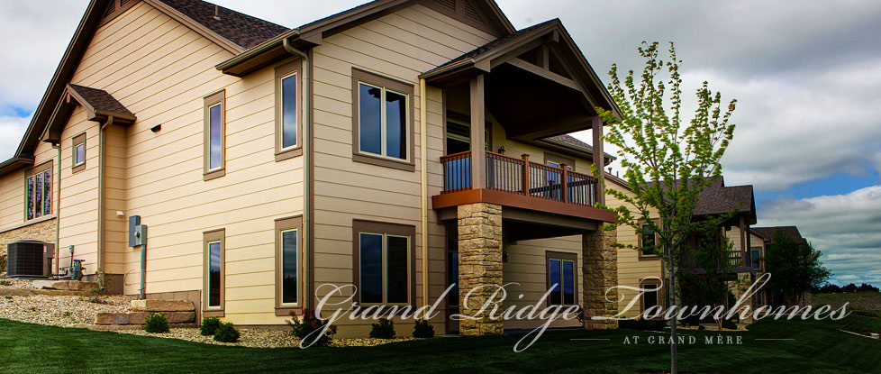 Grand Ridge Townhomes at Grand Mère